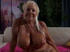 Gilf big tits xxx Big Gilf Tits Hot Adult Free Pics